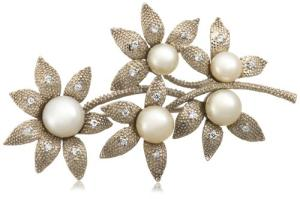 Send White Freshwater Cultured Pearl Brooch to USA